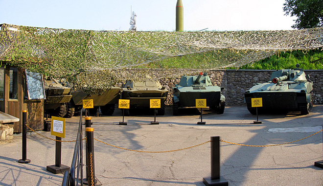 Військовий туризм: Музей Великої Вітчизняної Війни, Київ