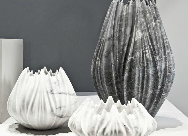 Мраморные вазы-цветы