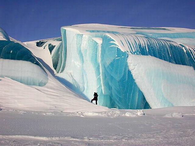 Замерзлі цунамі
