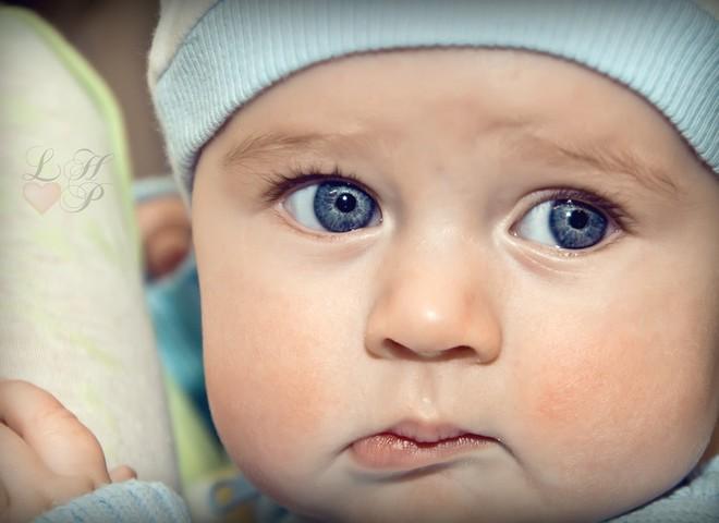 Чому в малюка кришаться зубки
