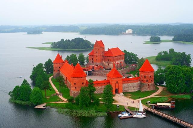 Цікаві місця Литви: Тракайський замок