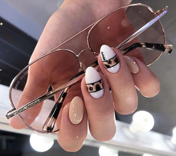 Идеи модного весеннего маникюра 2021