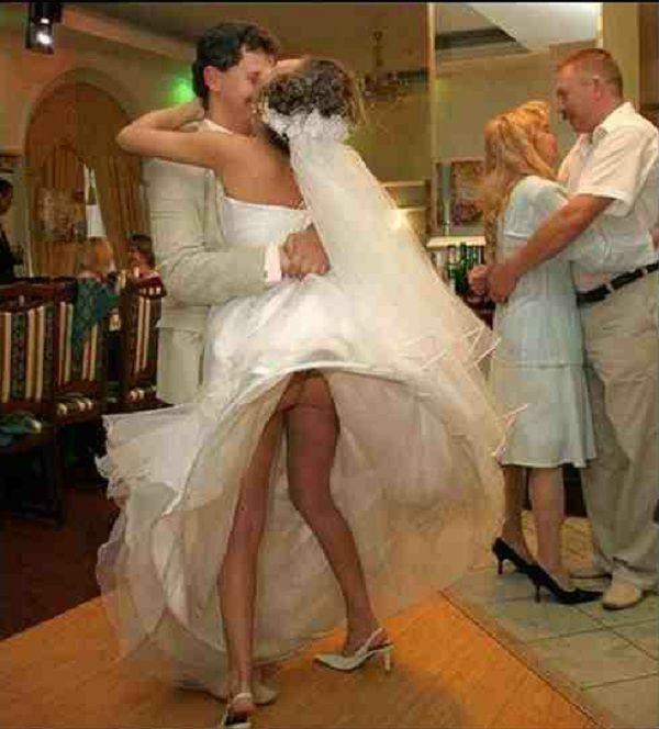 Фото зажигают невесты