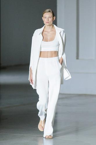 Показ VOROZHBYT & ZEMSKOVA на Ukrainian Fashion Week noseason sept 2021