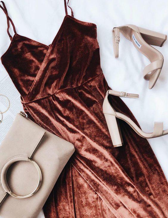 Как выбрать обувь к новогоднему образу