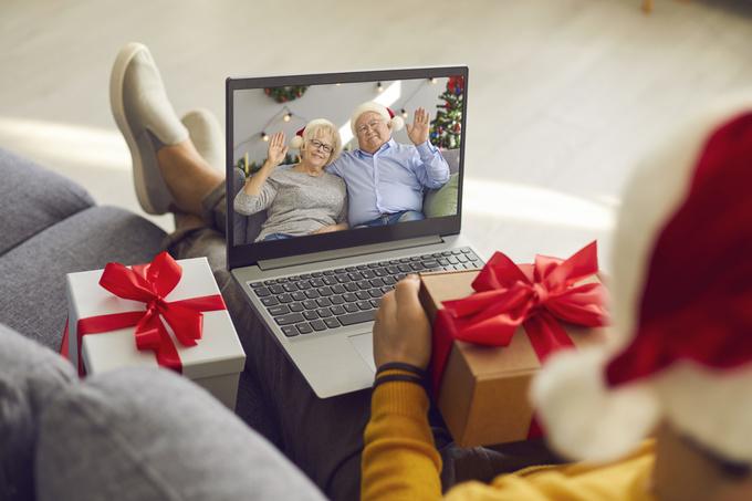Що подарувати батькам на Новий рік 2021