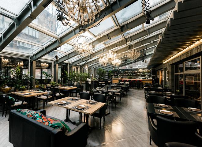 В Киеве откроют бары и рестораны: когда это наконец произойдет