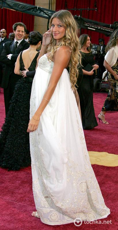 """Худшие наряды голливудских звезд на """"Оскаре"""" за последние 10 лет"""