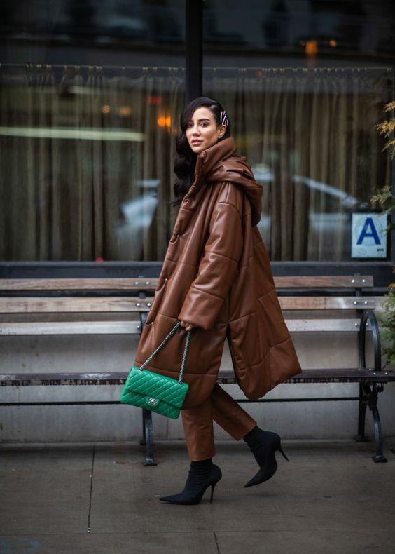 Модні кольори в одязі 2021