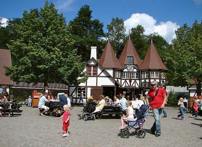 Осінні канікули: поєднуємо приємне з корисним: Світ Астрід Ліндгрен (Швеція, Віммербю)
