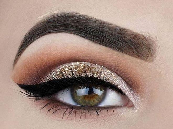 Макияж глаз: золотистый цвет