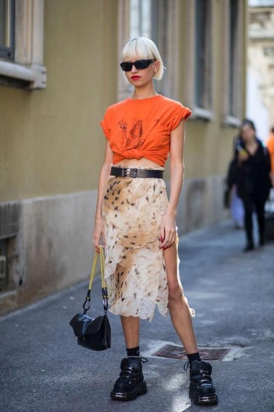 Яркая одежда — тренд весна-лето
