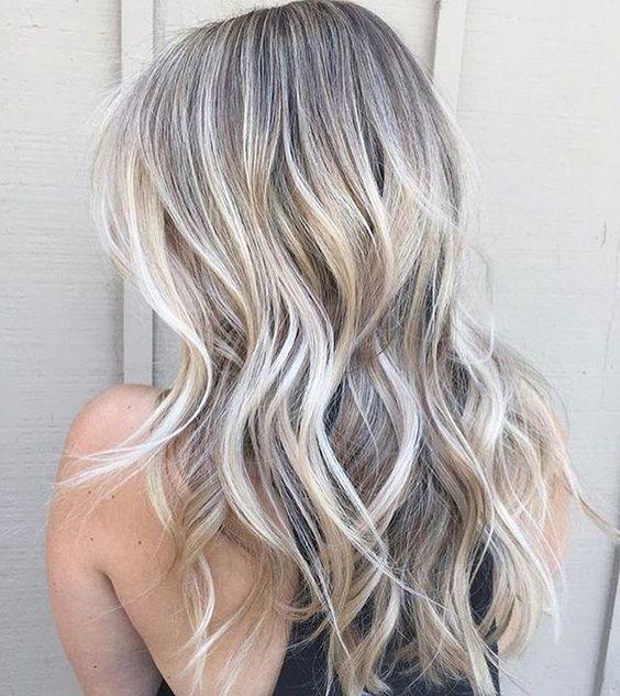 Балаяж на блондинистые волосы
