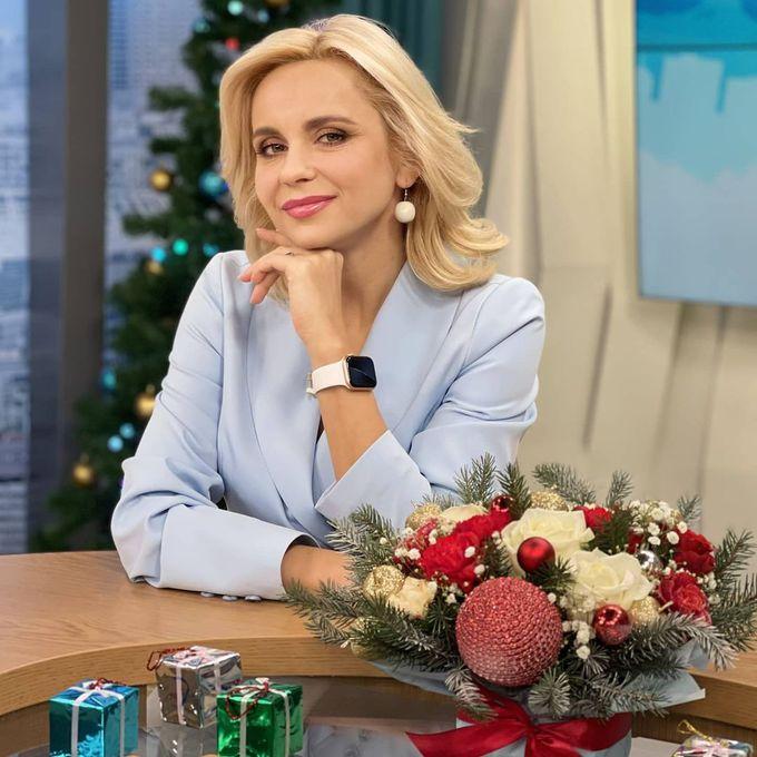 Лилия Ребрик узнала секреты идеального макияжа на Новый год 2021