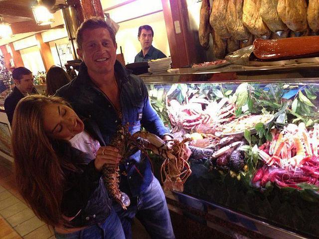 Владимир Самсоненко с новой девушкой отдыхает