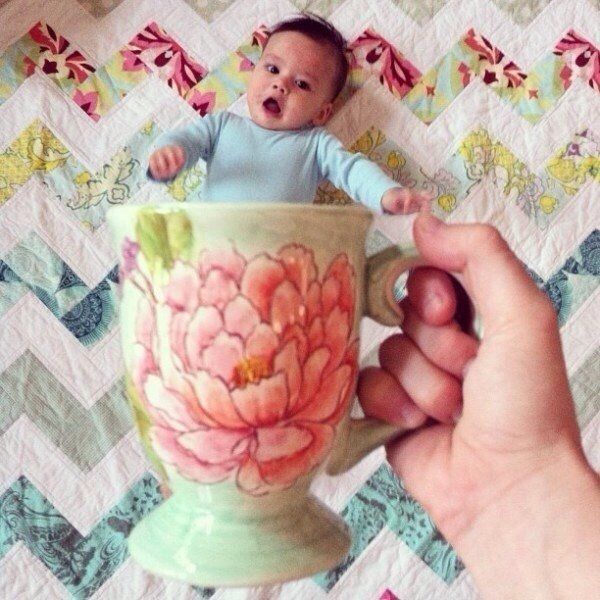 """Милая подборка """"Малыши в чашках"""""""