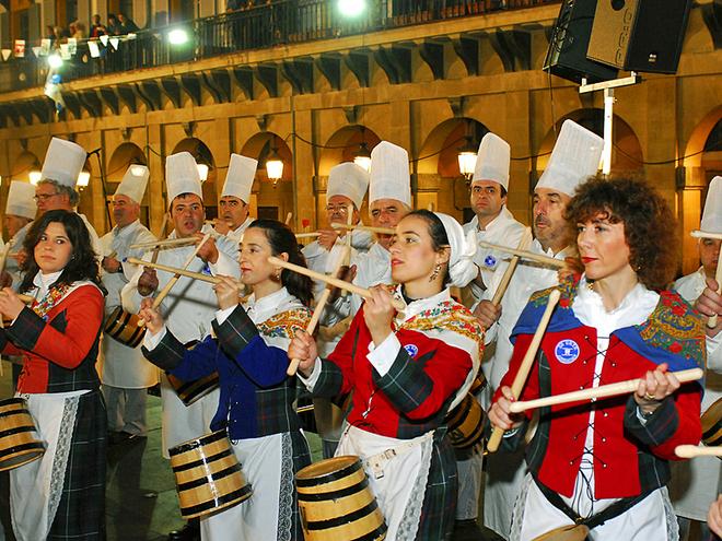 Фестивалі січня: Тамборрада Сан-Себастьяна
