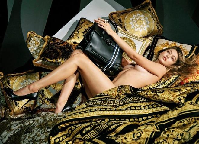 Джиджи Хадид для Versace