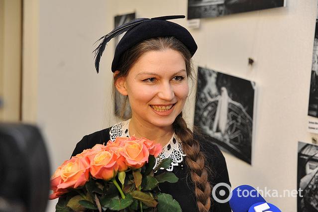 Фотовыставка у Лады Лузиной и Натальи Могилевской