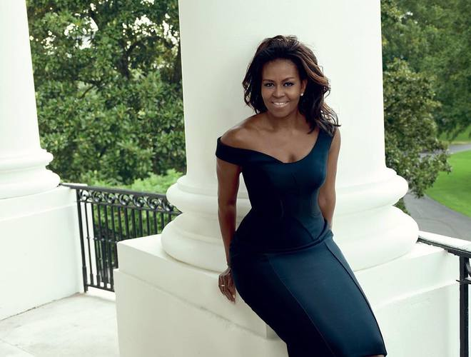 Мишель Обама в платье Versace