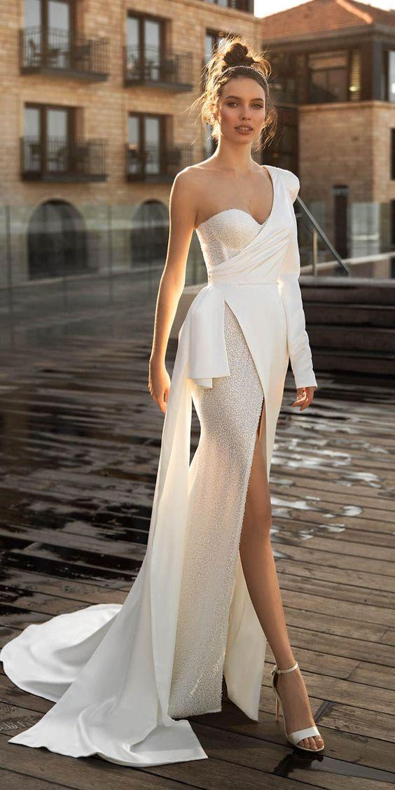 Весільні сукні для нареченої під знаком зодіаку Рак