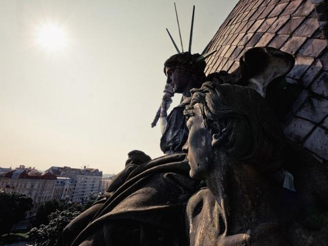 Статуя Свободи во Львове