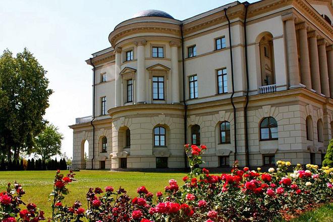 5 дивовижних палаців центральної та північної України