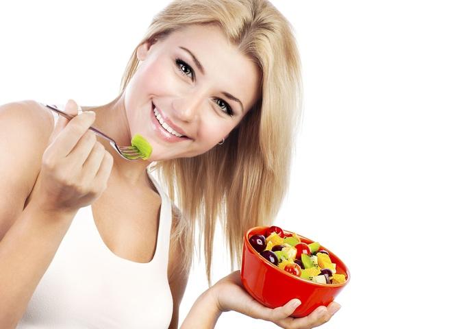 Летом вкусно худеть - овощи, фрукты. зелень и ягоды в изобилии