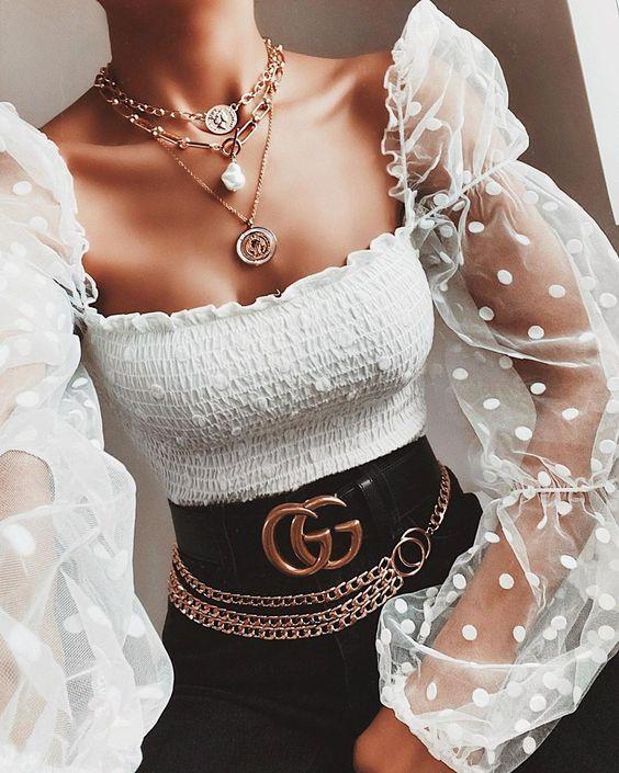 16 прозрачных блузок, которыми можно разбавить базовый гардероб