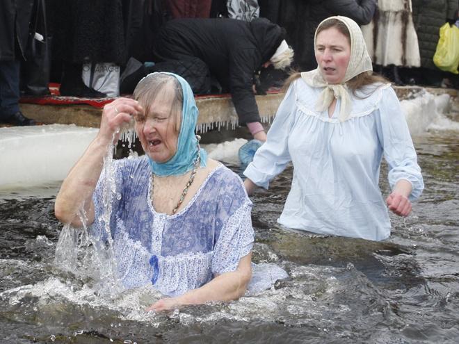 Девушки на крещение 2018 фото