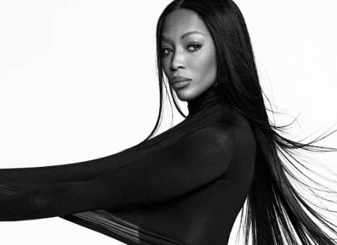 Супермодель Наомі Кемпбелл знялася топлес в рекламі Givenchy