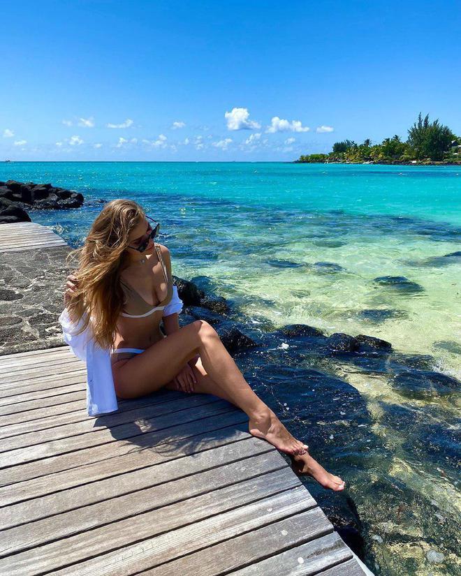 Катя Гуменюк проводит медовый месяц на Маврикие