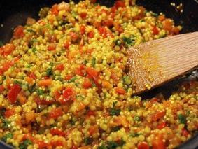 Кус-кус с овощами и петрушкой
