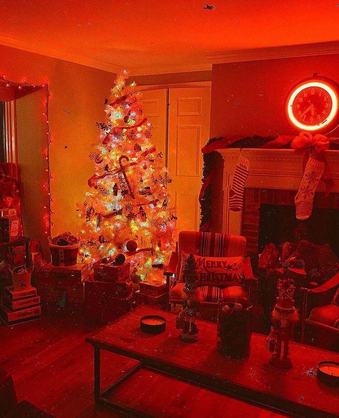 Новогодний декор Джиджи Хадид