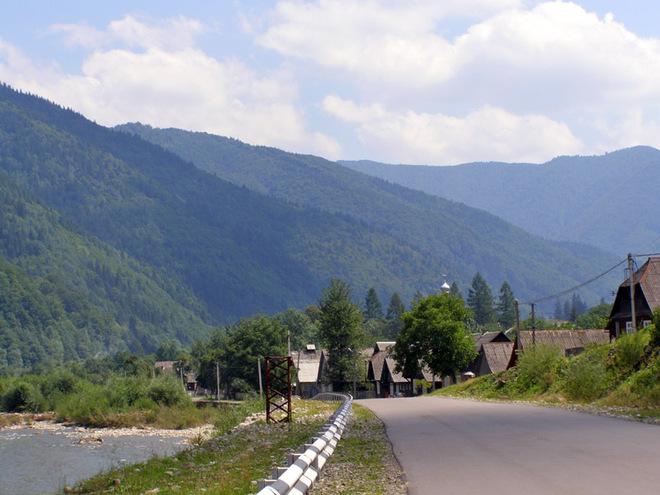 День Конституции Украины: куда поехать отдыхать на праздничных выходных