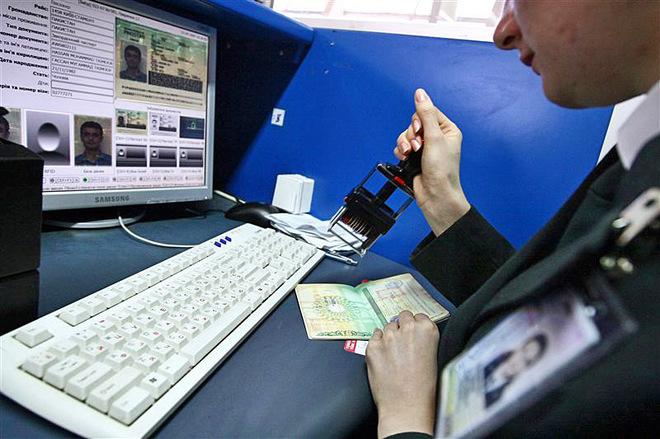 В 2018 году украинцы получат биометрические внутренние паспорта
