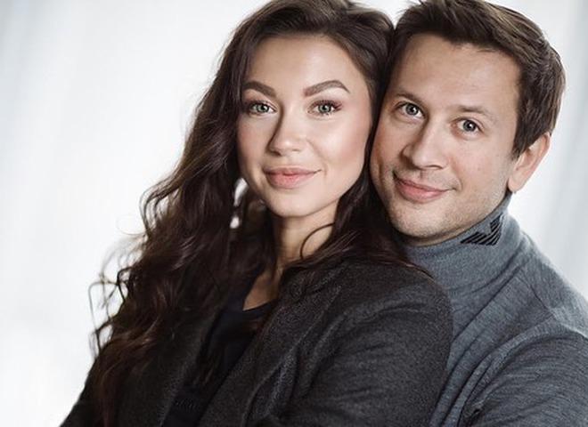 Дмитро Ступка та Поліна Логунова