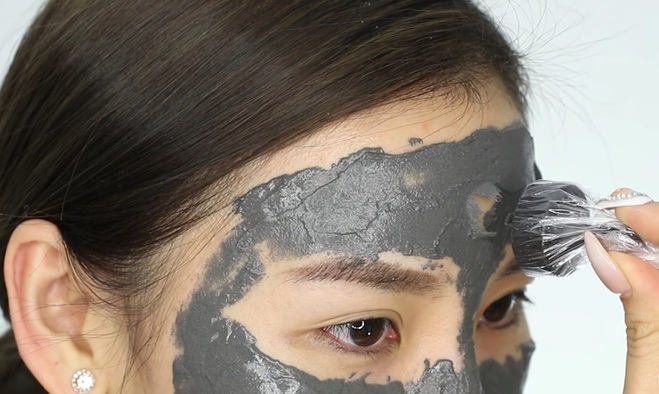 Маска магніт для обличчя