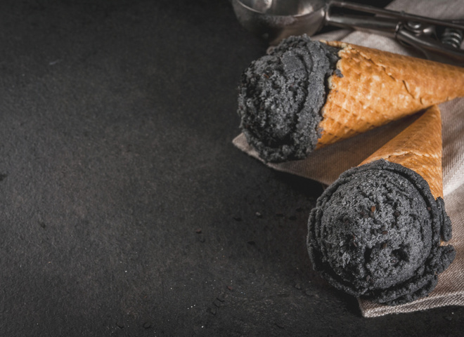 Черное мороженое