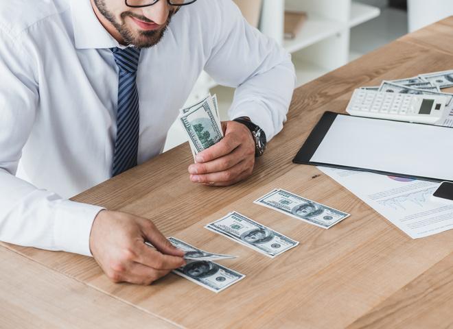 Исследование: чем больше денег — тем больше счастья