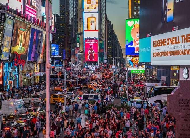 У фотооб'єктиві: один день з життя Таймс Сквер