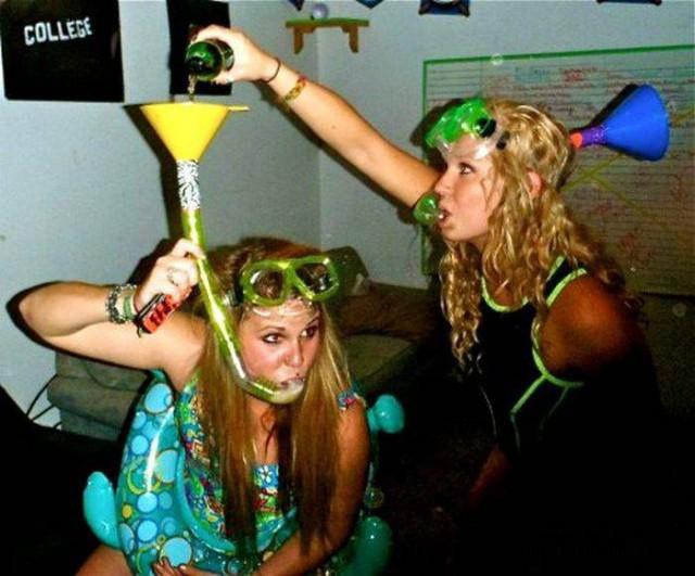 Пьяные студенты отжигают