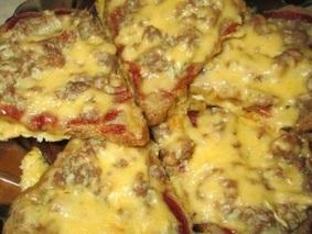 Бутерброды с фаршем в духовке