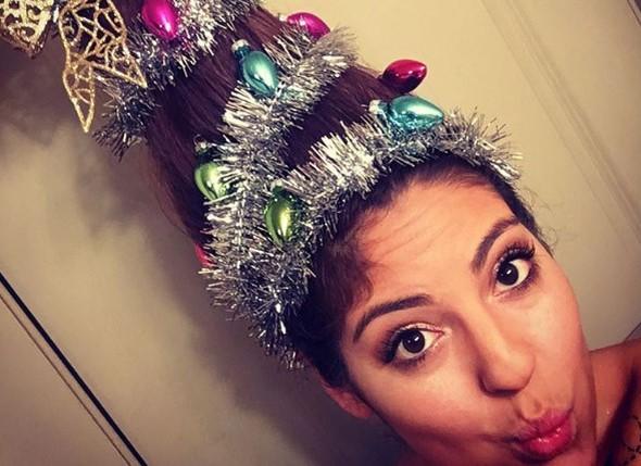 Эпатажная модная прическа на Новый год 2017: праздничная елка