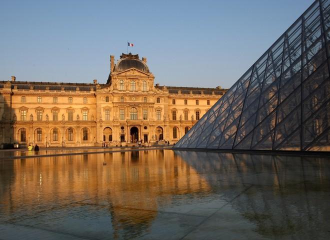 Свято смаку з видом на Лувр
