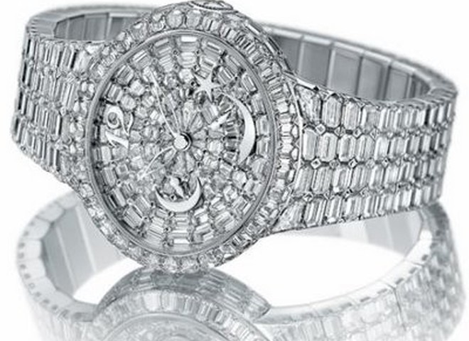 Женские часы от Girard Perregaux украсили 394 бриллианта