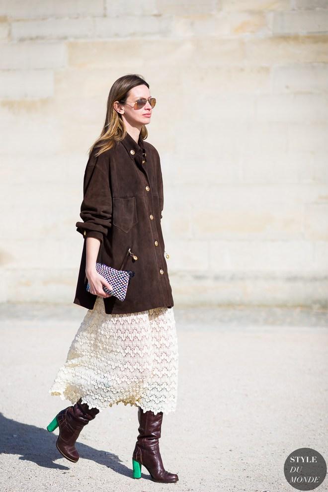 Как и с чем носить юбку осенью 2016: стритстайл образы