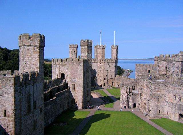 Замки Великобритании: замок Карнарвон