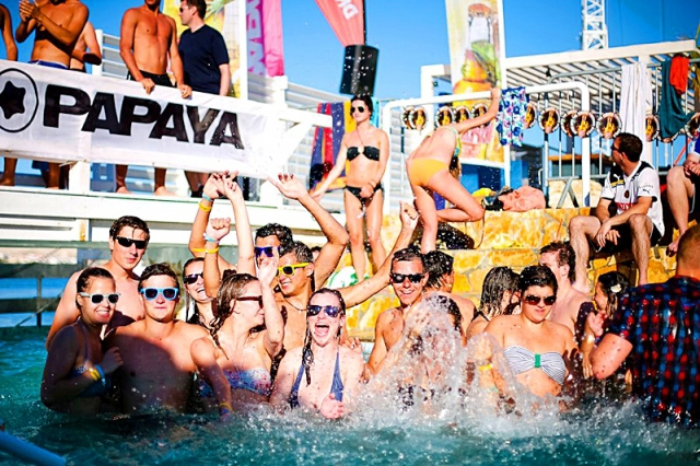 Лучшие тусовочные курорты Хорватии: Курорт Новалья, Papaya club