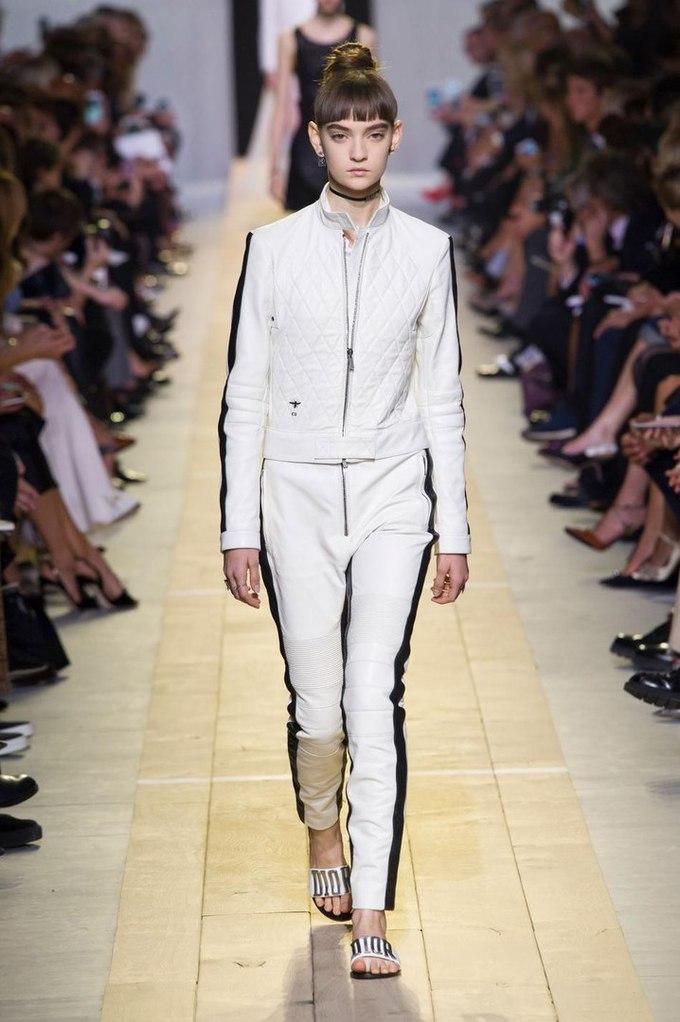 Українка Юлія Ратнер на подіумі паризького Тижня моди: Christian Dior